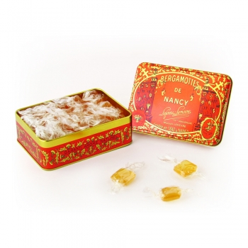 Une petite boîte rectangulaire de Bergamottes de Nancy