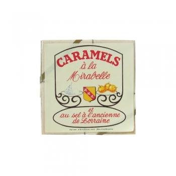 Une boîte de caramels à la mirabelle. Suggestion de présentation.